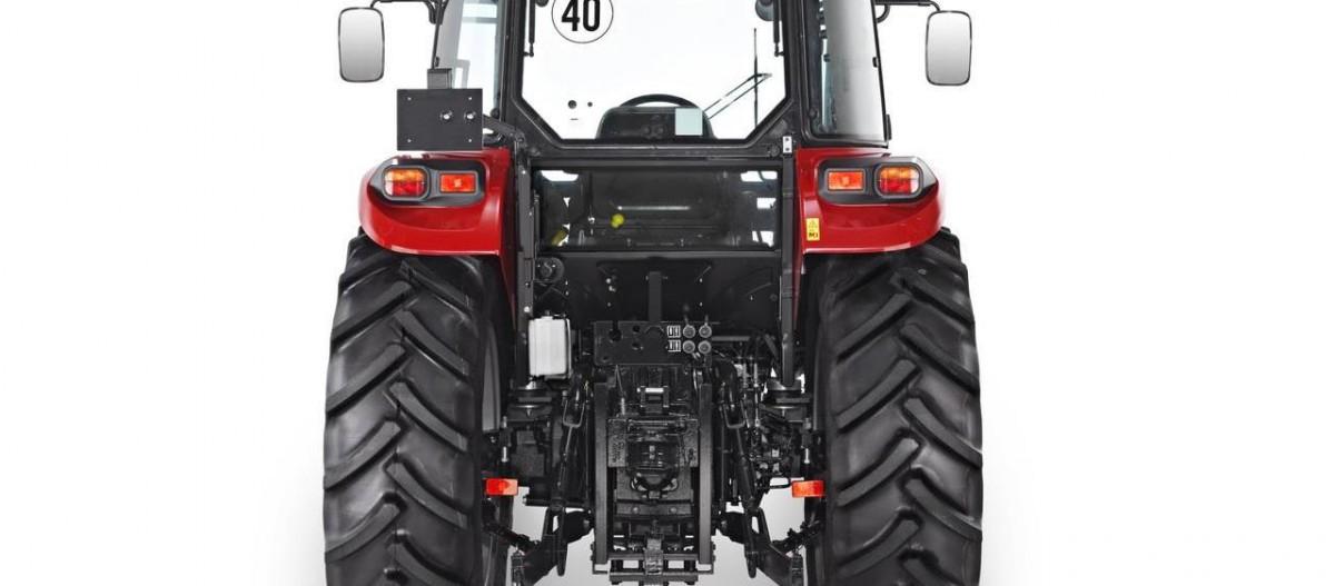 CASE IH Farmall Traktor
