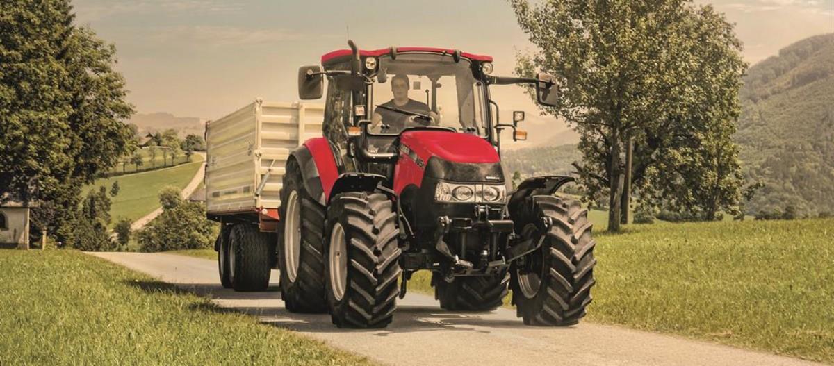 CASE IH Farmall C Traktor
