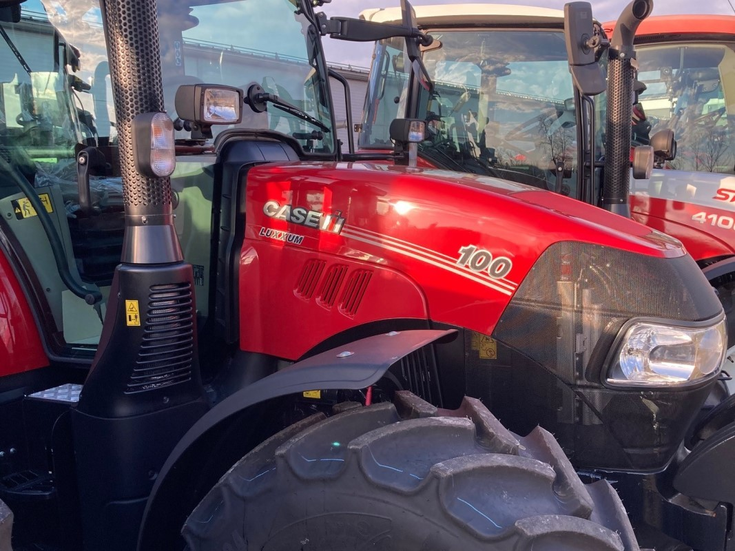 Luxxum 100 traktor