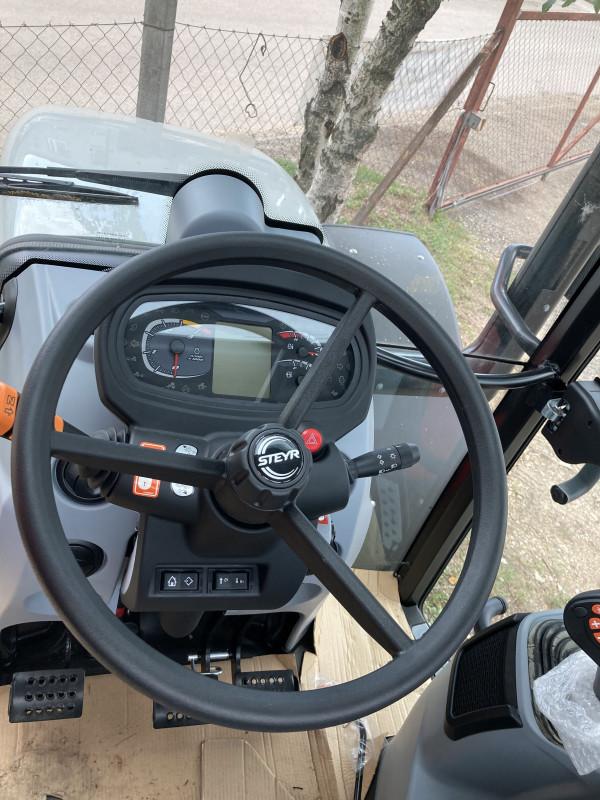 STEYR Kompakt 4075 Készletes gépek