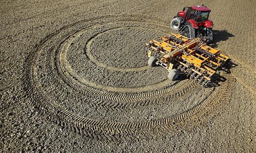 Magnum Rowtrac traktor