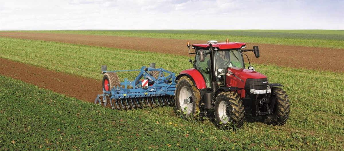 CASE IH Puma Traktor